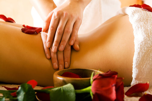 Massaggio con pressione delle dita
