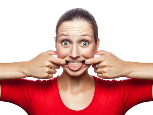 Ginnastica per il viso, quali sono gli esercizi migliori per mantenerti giovane?